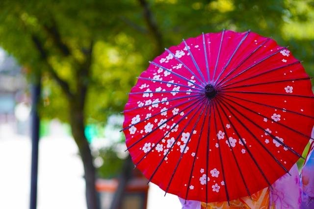 京都和傘の女性