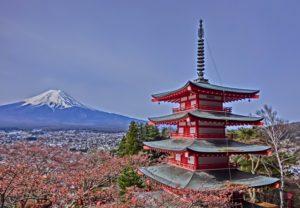 新倉富士浅間神社からみる富士