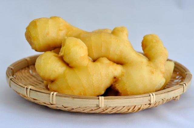 籠に盛られた生姜