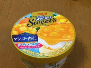 スーパーカップマンゴー杏仁
