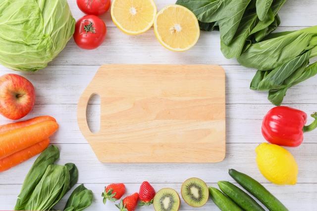 まな板と野菜