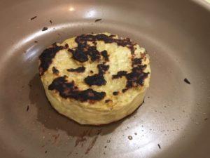 焼けたパンケーキ