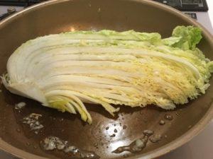 白菜を焼く