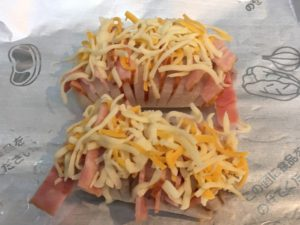 チーズを乗せたレンコン