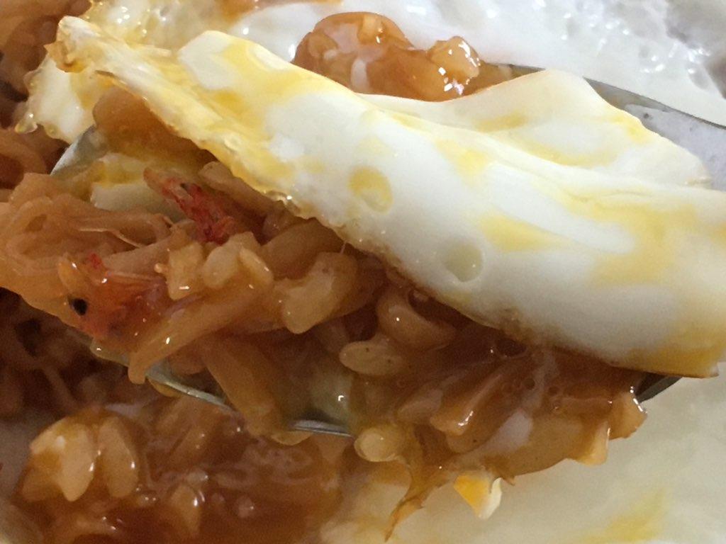 チキンラーメンそばめしの卵