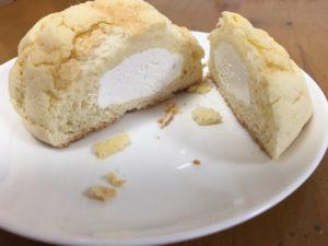 冷凍メロンパン断面