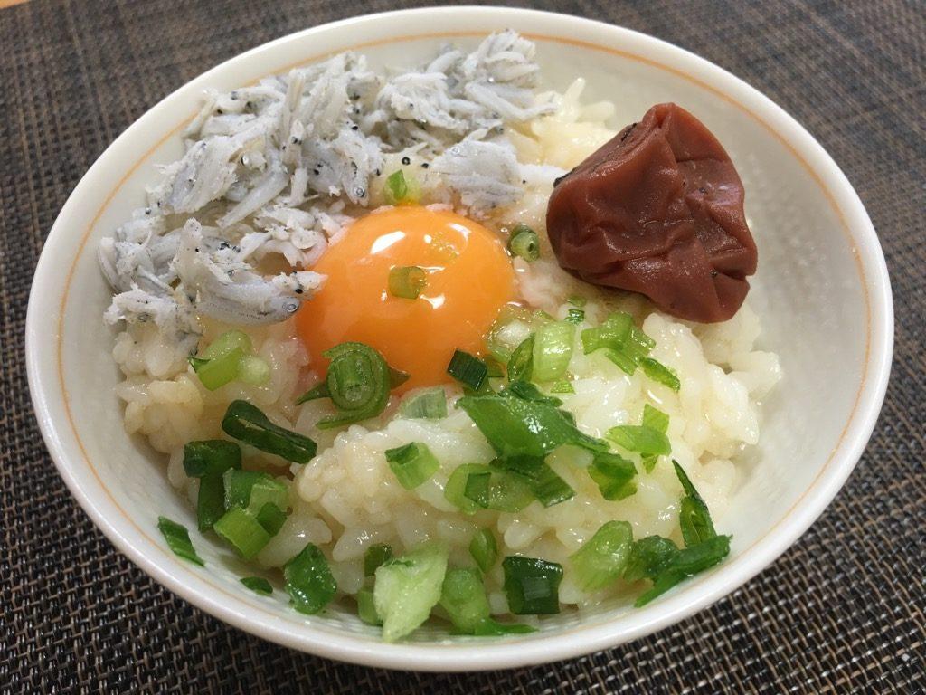 しらすと梅の卵かけご飯