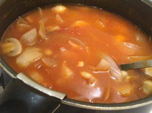 赤いスープ出来上がり